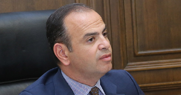 Over 100 Armenian citizens being held in Azerbaijan, Diaspora commissioner says