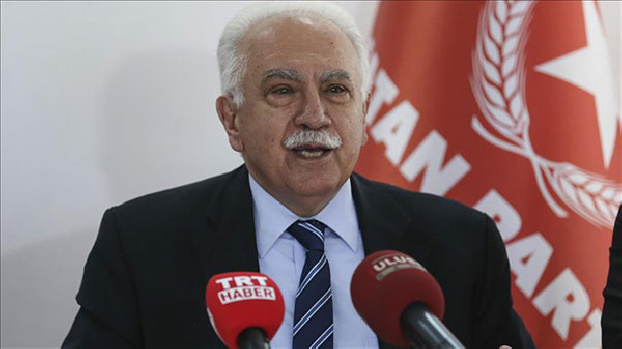 Dogu Perincek says Ankara must close Incirlik Air Base for US in response to Armenian Genocide recognition
