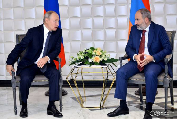 Pashinyan, Putin agree border situation must be solved by return of Azerbaijani troops to their initial positions