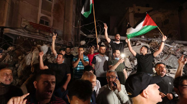 Celebrations in Gaza as ceasefire comes into force