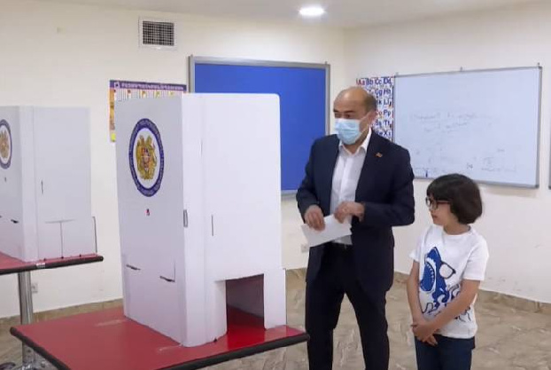 """Bright Armenia party's Marukyan voted in favor of """"restoring reconciliation"""" in country"""