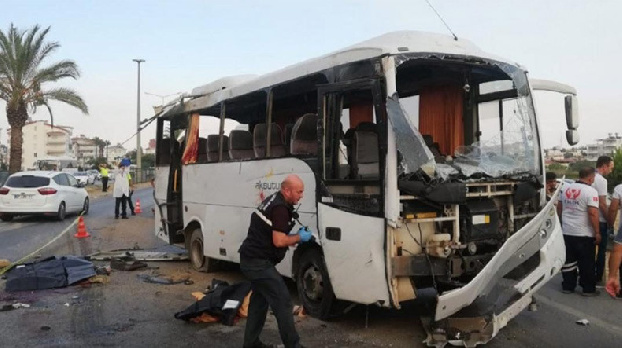 Four Russian tourists killed in road accident in Turkey