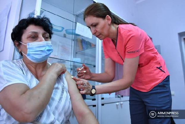 COVID-19 vaccination: Armenians less skeptical than before, doctors say